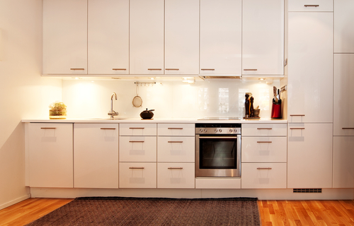 6 Tips On How To Paint Your Kitchen Cabinets