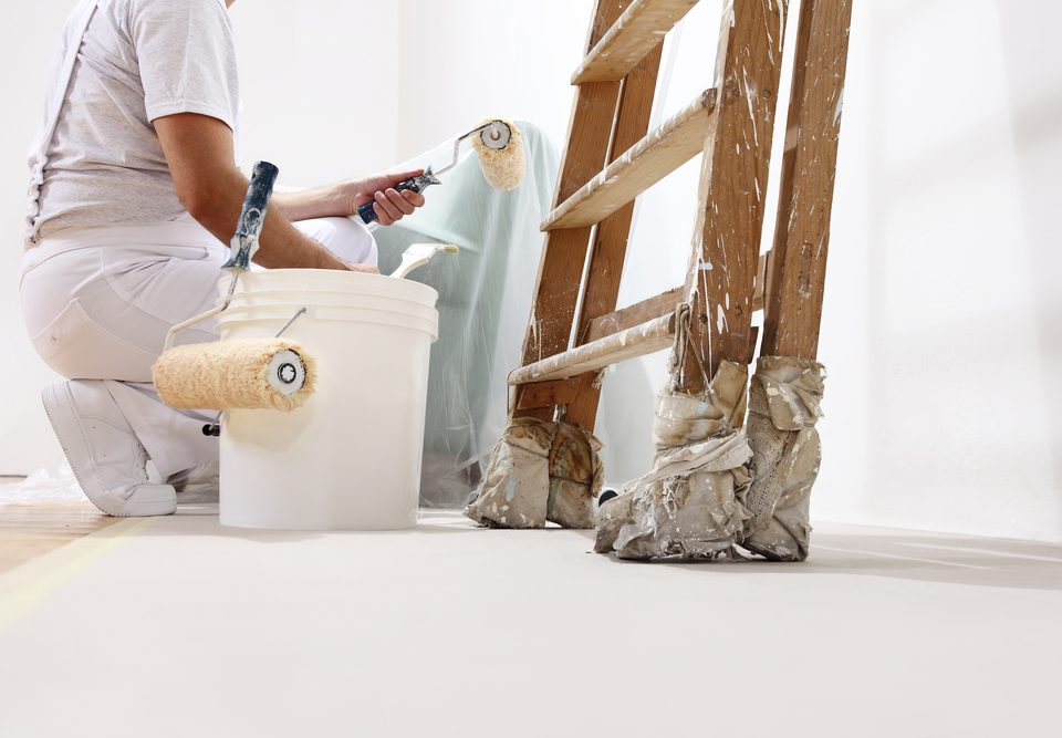 how-professional-painters-can-save-money-for-you