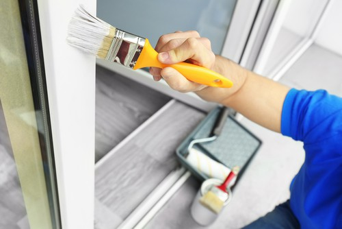 pros-of-hiring-a-professional-painter
