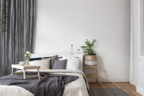 Should You Paint Your Bedroom White?